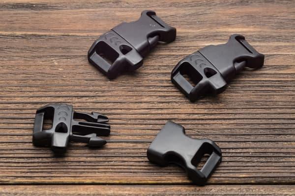 Фастекс 14 мм со свистком - черный от Магазин паракорда и фурнитуры Survival Market