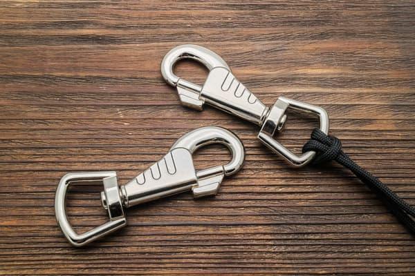 Карабин усиленный Dog Collar Hook 88 mm от Магазин паракорда и фурнитуры Survival Market
