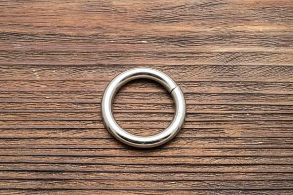 Кольцо 25/D4,7 сварное усиленное от Магазин паракорда и фурнитуры Survival Market